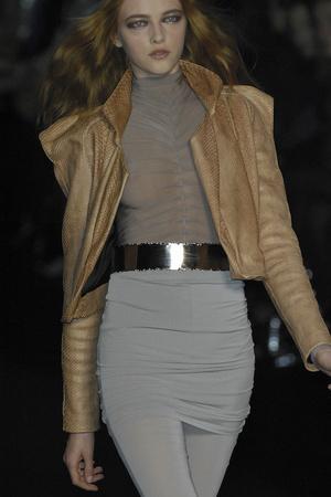 Показ Sophia Kokosalaki коллекции сезона Осень-зима 2009-2010 года prêt-à-porter - www.elle.ru - Подиум - фото 99720