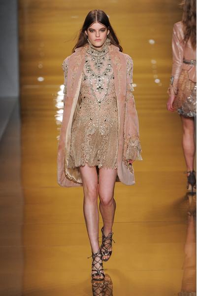 Black tie: показы Carolina Herrera, Reem Acra и Zac Posen на Неделе моды в Нью-Йорке | галерея [3] фото [12]