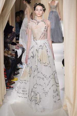 Показ Valentino коллекции сезона Весна-лето 2015 года haute couture - www.elle.ru - Подиум - фото 593302