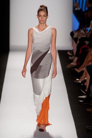 Показы мод Carolina Herrera Весна-лето 2014 | Подиум на ELLE - Подиум - фото 3558