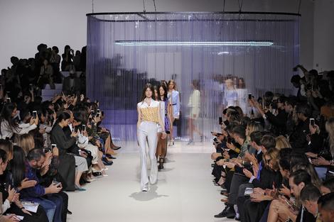 Неделя моды в Париже: день третий | галерея [1] фото [1]