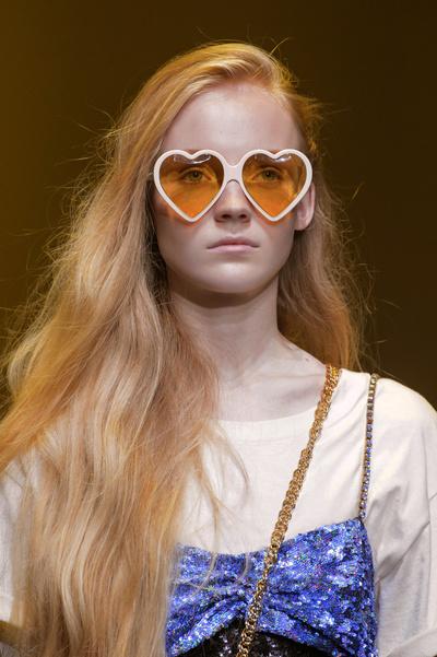 8 бьюти-трендов весна-лето 2018: волосы (галерея 7, фото 1)