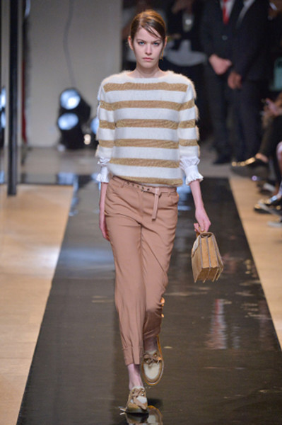 Неделя моды в Париже: показы Alexander McQueen и Paul & Joe ready-to-wear осень — зима 2015-2016 | галерея [2] фото [9]