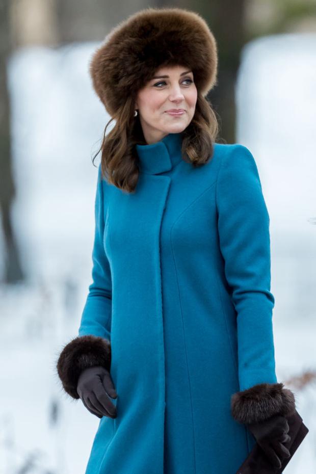 Могут ли современные королевы и принцессы носить натуральный мех? (фото 3)