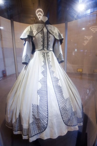 Платье Скарлетт О'Хара было продано на аукционе за $137 тысяч