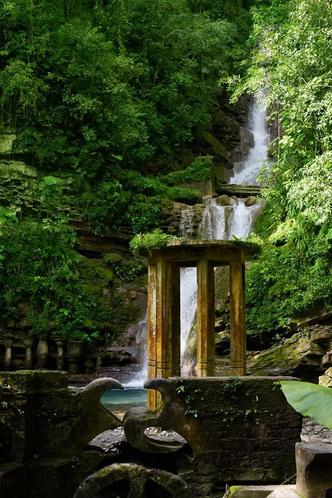 Las Pozas: cюрреалистический парк в мексиканских джунглях (фото 9.2)