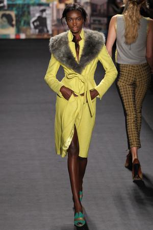 Показы мод Tracy Reese Осень-зима 2012-2013 | Подиум на ELLE - Подиум - фото 1686