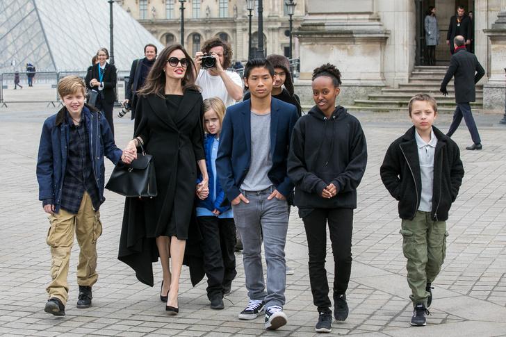 Почему у Анджелины Джоли проблемы с личной жизнью? (фото 2)