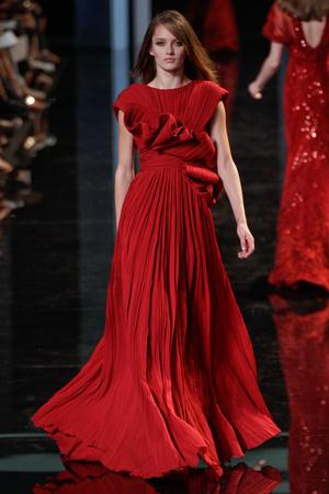 Показ Elie Saab коллекции сезона Осень-зима 2010-2011 года haute couture - www.elle.ru - Подиум - фото 168165