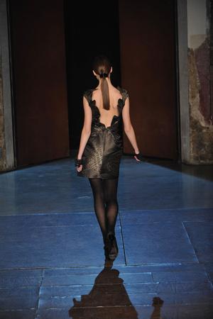 Показ Lefranc Ferrant коллекции сезона Весна-лето 2010 года Haute couture - www.elle.ru - Подиум - фото 139114