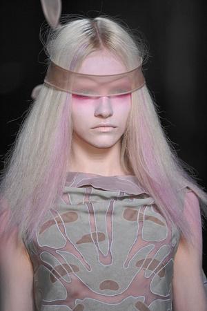 Показ Valentino коллекции сезона Весна-лето 2010 года Haute couture - www.elle.ru - Подиум - фото 139258