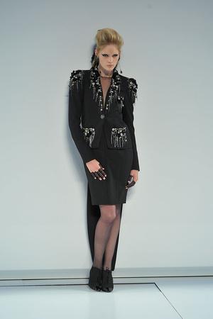Показ  коллекции сезона Осень-зима 2009-2010 года Haute couture - www.elle.ru - Подиум - фото 87235