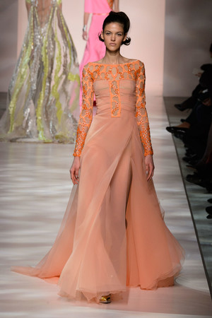 Показ Georges Chakra коллекции сезона Весна-лето 2015 года Haute couture - www.elle.ru - Подиум - фото 593378