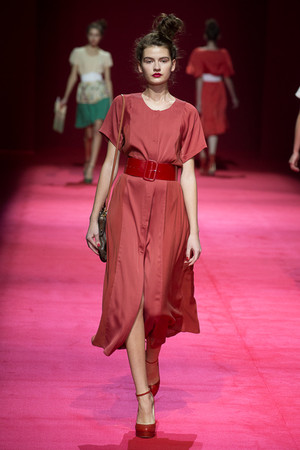 Показы мод Alena Akhmadullina Весна-лето 2013 | Подиум на ELLE - Подиум - фото 974