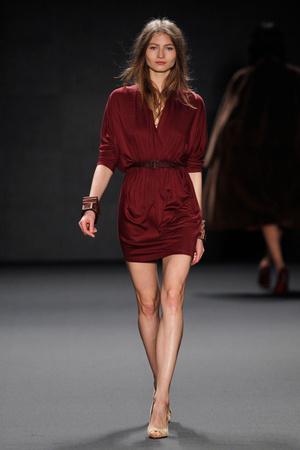 Показы мод Alena Akhmadullina Осень-зима 2014-2015 | Подиум на ELLE - Подиум - фото 3739