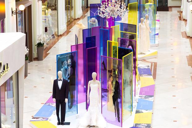 Звезды на открытии выставки «В начале было платье!» (фото 3)