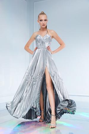 Maison Bohemique представил лукбук коллекции couture осень-зима 18/19 (фото 27.1)