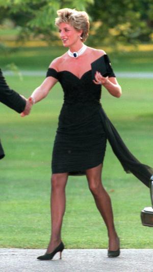 8 примеров того, как Мелания Трамп вдохновляется стилем принцессы Дианы (фото 14)