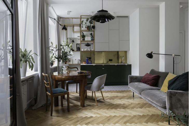 Маленькая квартира в доме 1950-х годов в Варшаве (фото 0)