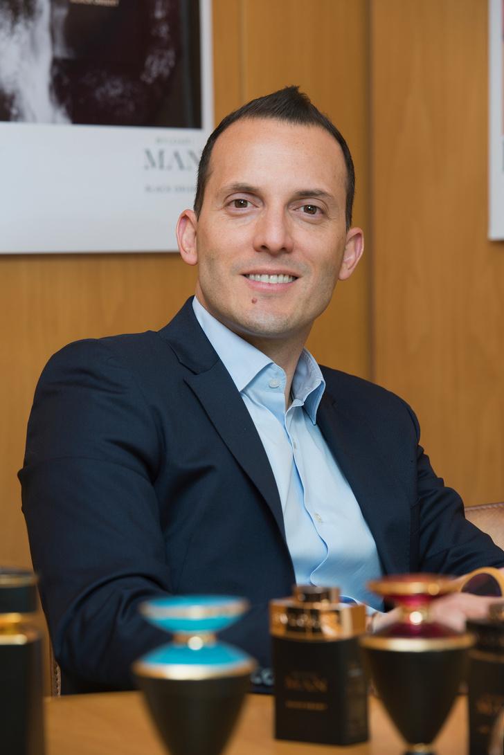 «Те, кто выбирают только натуральные ингредиенты — не понимают, насколько они бывают опасны»: интервью с главой парфюмерого бизнеса Bvlgari (фото 7)