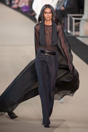 Показ Stephane Rolland коллекции сезона Осень-зима 2012-2013 года Haute couture - www.elle.ru - Подиум - фото 404091