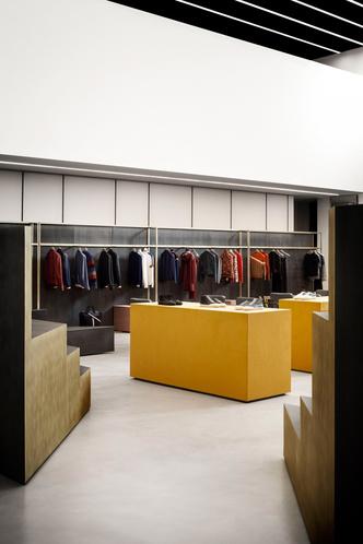 Шоу-рум модного бренда Bally в Милане (фото 10.2)