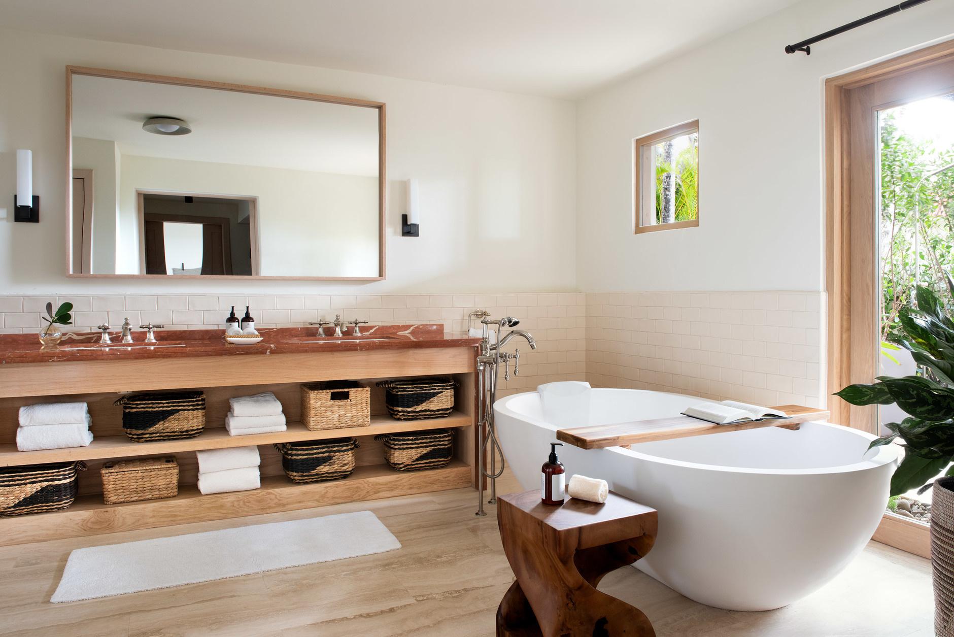 Одна ванная, две раковины: 20 примеров (галерея 1, фото 2)