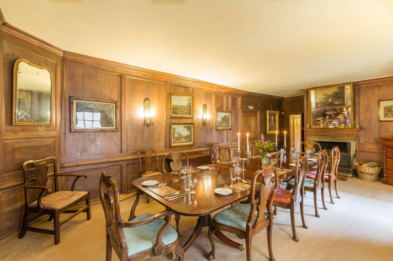 Фамильный замок Роуз Лесли сдается в аренду | галерея [1] фото [3]
