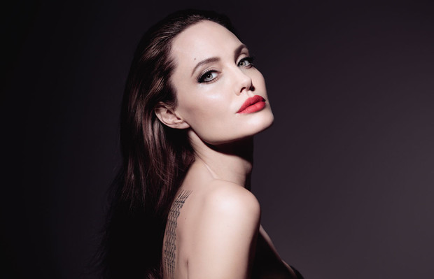 Анджелина Джоли в рекламной кампании нового Mon Guerlain Florale (фото 3)