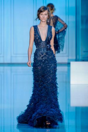 Показ Elie Saab коллекции сезона Осень-зима 2011-2012 года haute couture - www.elle.ru - Подиум - фото 278793