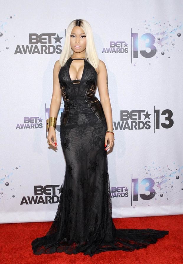 Ники Минаж на церемонии BET Awards 2013