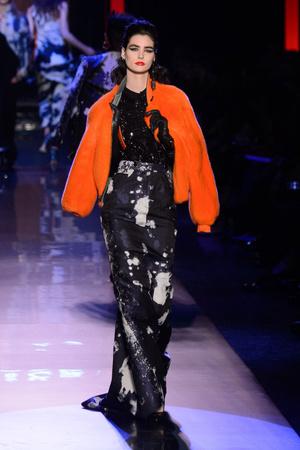 Показ Jean Paul Gaultier коллекции сезона Весна-лето  2016 года Haute couture - www.elle.ru - Подиум - фото 602946