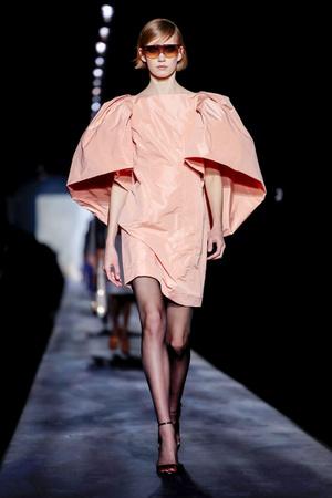 Givenchy RTW Fall 2019 (фото 3.2)