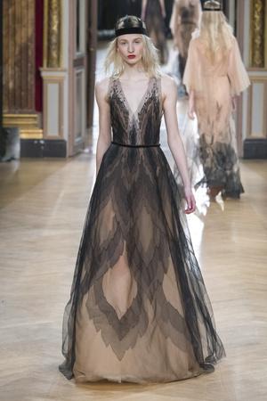 Показ Yanina Couture коллекции сезона Весна-лето 2018 года Haute couture - www.elle.ru - Подиум - фото 674331