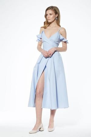 20 нарядных платьев на случай, если вас этим летом пригласили на свадьбу (фото 11.2)