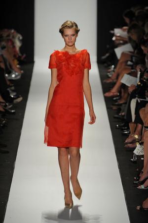 Показы мод Carolina Herrera Весна-лето 2009 | Подиум на ELLE - Подиум - фото 3476