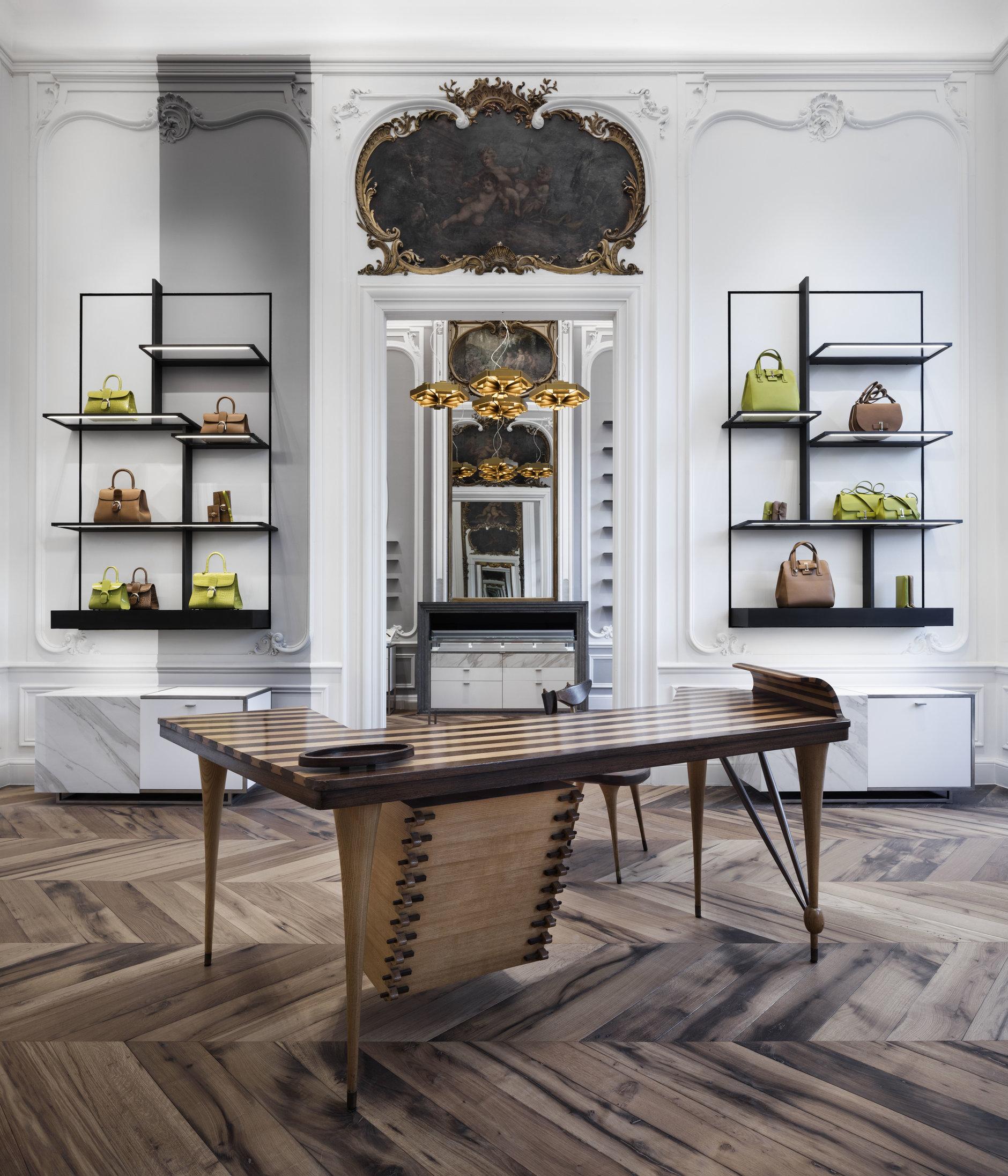 Бутик Delvaux в Брюсселе: современный дизайн в историческом здании (галерея 2, фото 4)