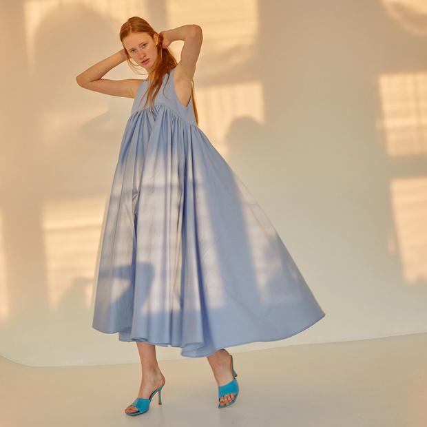 Главная покупка будущей весны: голубое платье (фото 4)