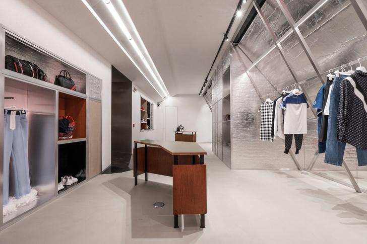Модный бутик One-Off в Милане по дизайну Dimore Studio (фото 10)