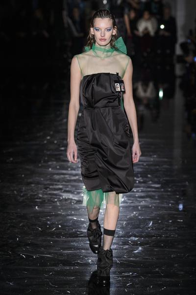Показ Prada состоялся в Милане (галерея 1, фото 1)