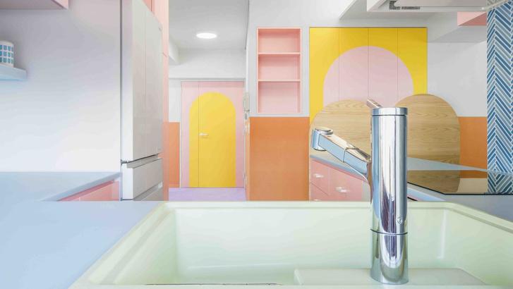Все цвета радуги: квартира 160 м² в Токио (фото 0)