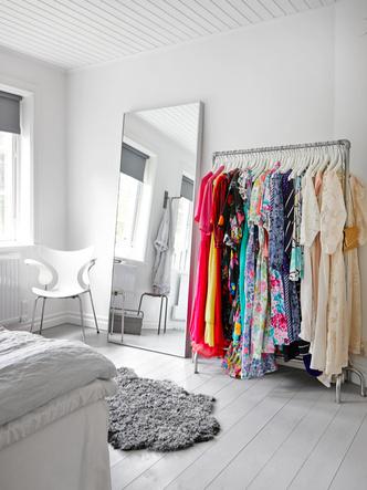 Маленькая спальня: 7 практичных решений (фото 30.2)