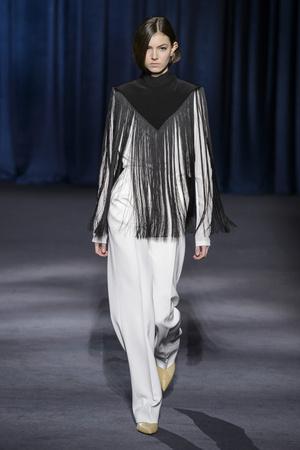 Показ Givenchy коллекции сезона осень-зима  2018-2019 года Prêt-à-porter - www.elle.ru - Подиум - фото 713301