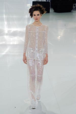 Показ Chanel коллекции сезона Весна-лето 2014 года haute couture - www.elle.ru - Подиум - фото 574488