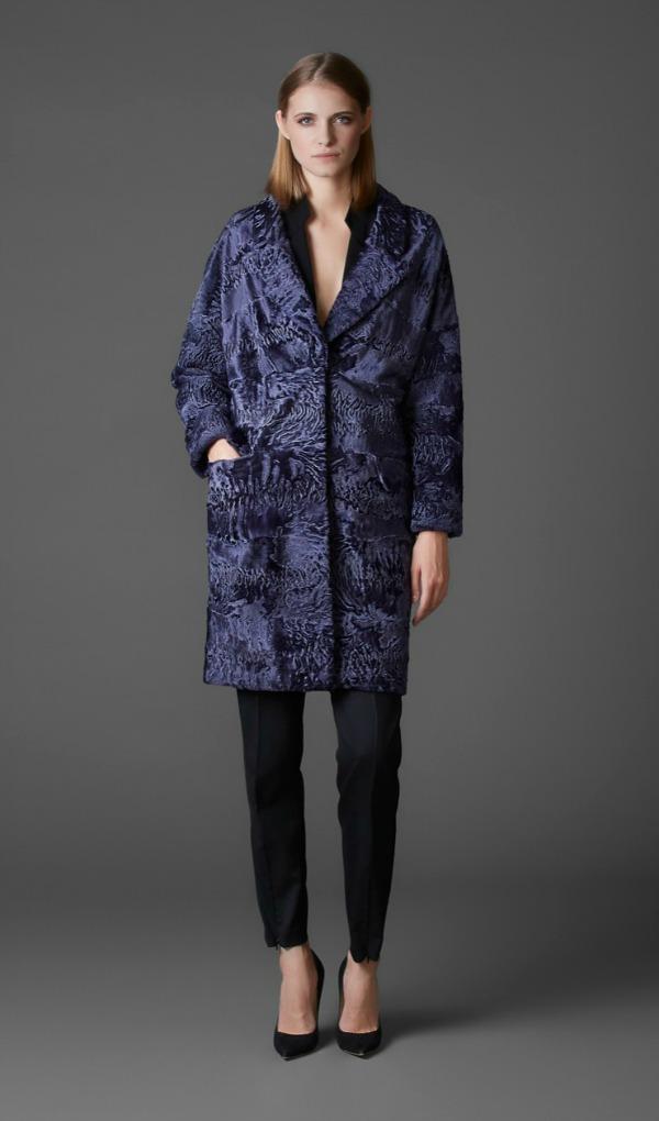пальто из намибийской каракульчи swakara с английским воротником