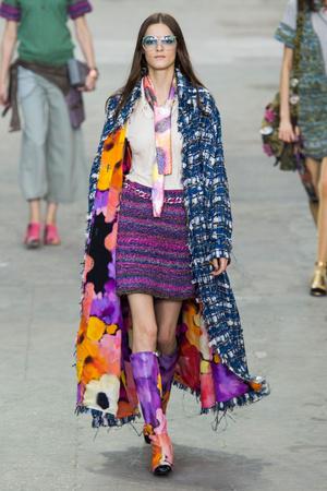 Показы мод Chanel Весна-лето 2015 | Подиум на ELLE - Подиум - фото 4211