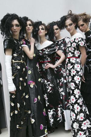Показ  коллекции сезона Весна-лето 2013 года haute couture - www.elle.ru - Подиум - фото 479831