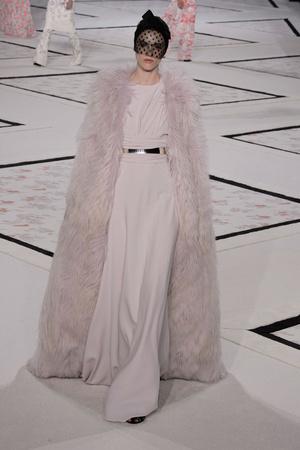 Показ Giambattista Valli коллекции сезона Весна-лето 2015 года Haute couture - www.elle.ru - Подиум - фото 592923