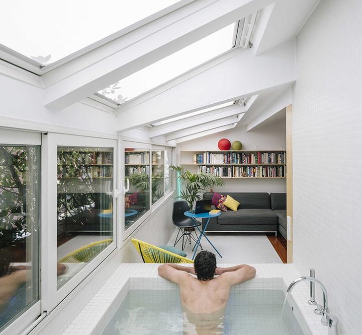 Квартира с бассейном, гамаком и террасой в Мадриде (фото 14)