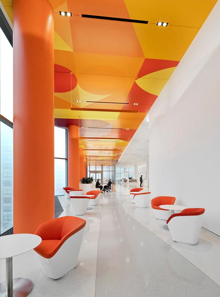 Яркая больница в Чикаго лечит дизайном (фото 14)